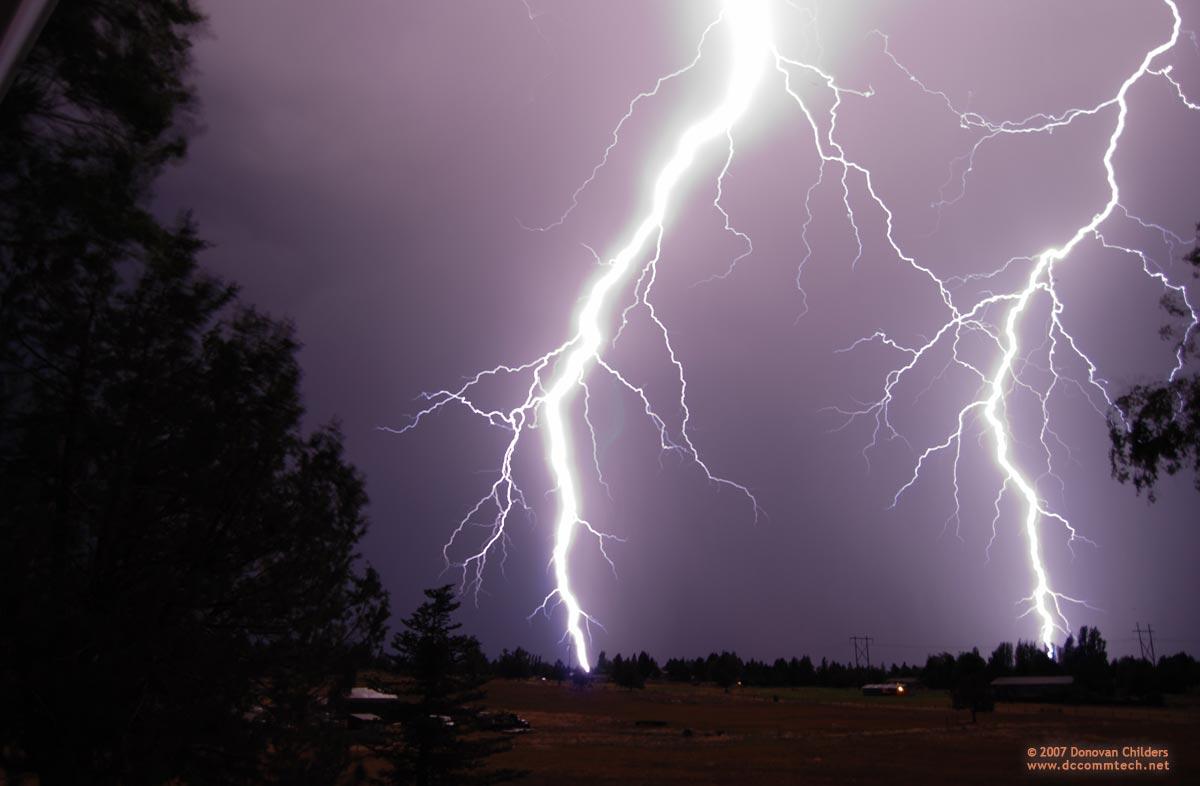 Multonomah Falls Wallpaper Lightning Storm In Bend Oregon In August 2007 Photos