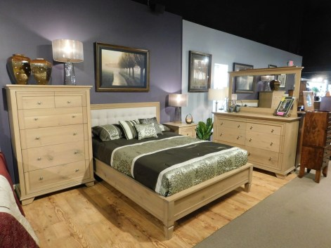 Pacific Heights Bedroom Wood Species Shown: Rustic Quartersawn White Oak Fully Customizable. Please contact us for pricing details.