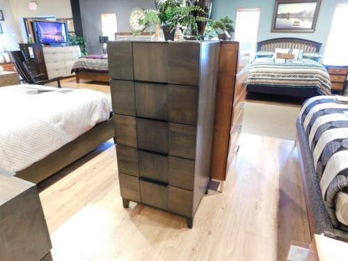 American Modern B2D2 5-Drawer Chest