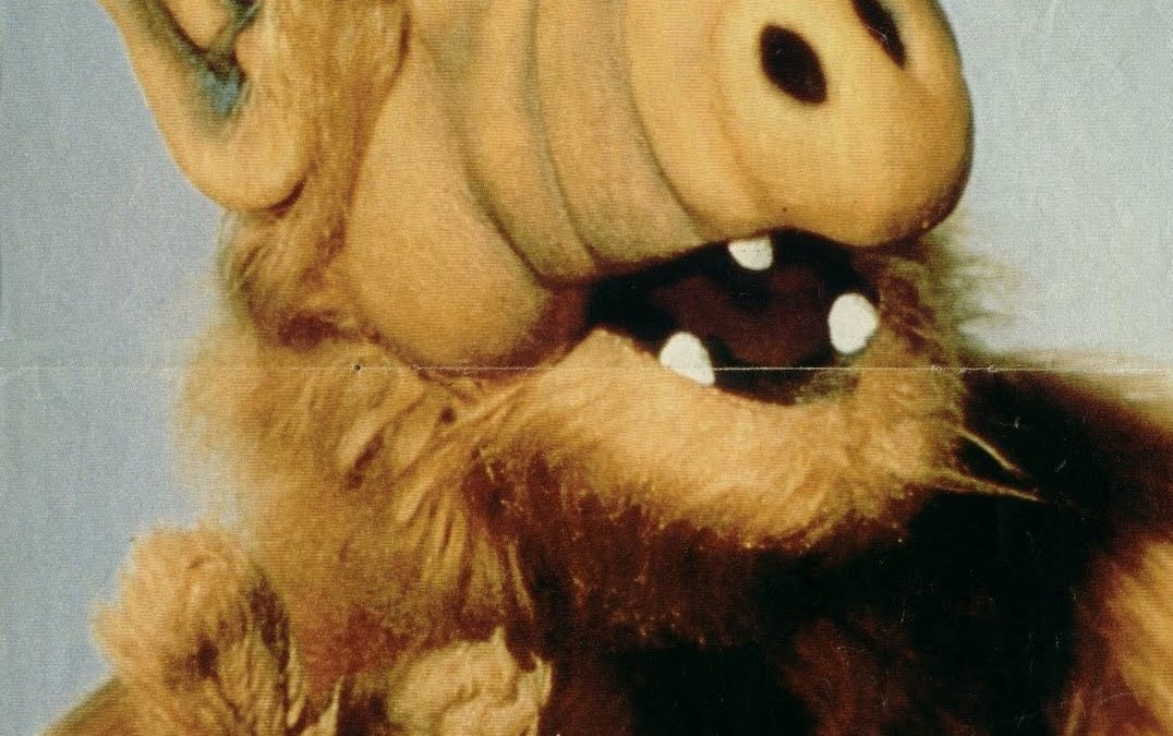 Sony working on an 'ALF' movie from producer of 'The Smurfs'