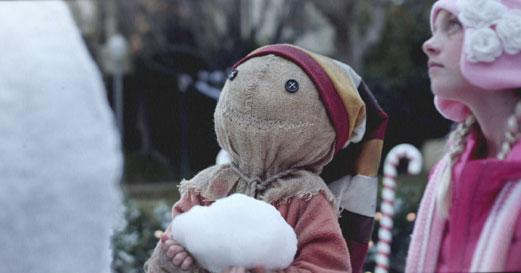 Sam from Trick 'R Treat builds the perfect holiday Snowman!