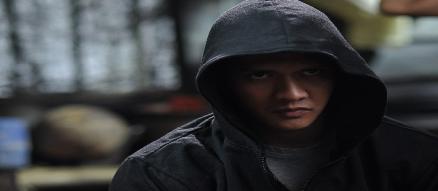 The Raid 2: Berandal- new set photo reveals 'Hamer Girl'