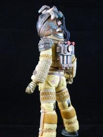 NECA Aliens S3 Kane 04