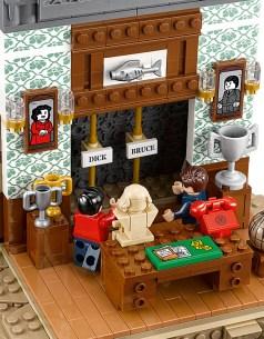 LEGO batcave 10