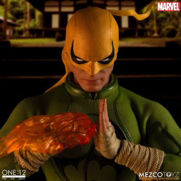 Mezco Iron Fist 03