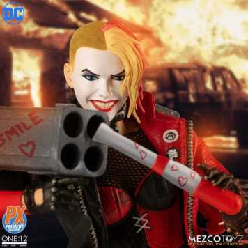 Mezco-PX-Exclusive-One12-Collective-DC-Harley-Quinn-Promo-03