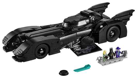 lego-batmobile-1989-full-product-min