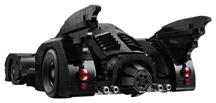 lego-batmobile-1989-rear