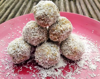 Bountiful Baobab Balls energy balls Grainfree Health snack vegan