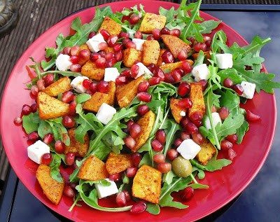 Juicy summer squash & pomegranate rainbow salad Dinner Lunch snack Uncategorized