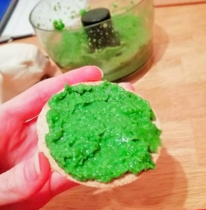 "Supergreen ""Hulk"" dip Grainfree Lunch snack vegan"
