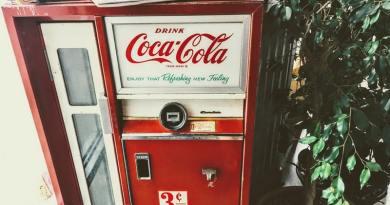 A Coca Cola újrahasznosítaná a legyártott műanyag mennyiségét