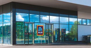 Végleg elhagyja a műanyag fedelet a tejfölös poharakról az ALDI