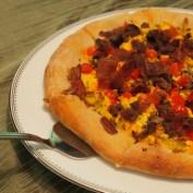 Breakfast pizza... yummmm.