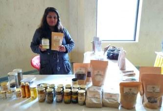 देहरादून: दून हाट में ORGANIC उत्पादों का आनंद ले रहे दूनवासी