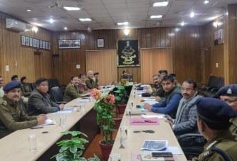 पुलिस महानिदेशक उत्तराखण्ड की अध्यक्षता में रेलवे सुरक्षा व्यवस्था समिति की एक उच्चस्तीरय बैठक