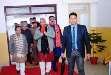 मुख्यमंत्री ने विधानसभा में मीडिया से वार्ता की