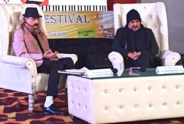 हरिद्वार: लिटरेचर फेस्टिवल के तहत संवाद सत्र आयोजित
