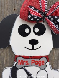 Puppy Dog door hanger decoration