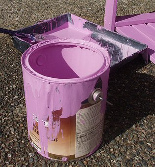 empty-paint-can
