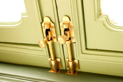 How to Lock a Bedroom Door from the outside without a Key