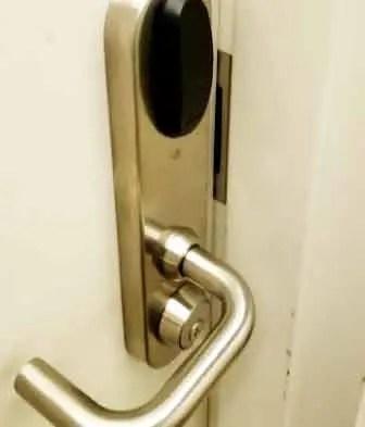 apartment door,frame,hinge,hinges,doorhinges,door adjustment,door repair NYC,commercial doors,commercial door repair,door,door won't close,exterior door won't close,door not closing flush,