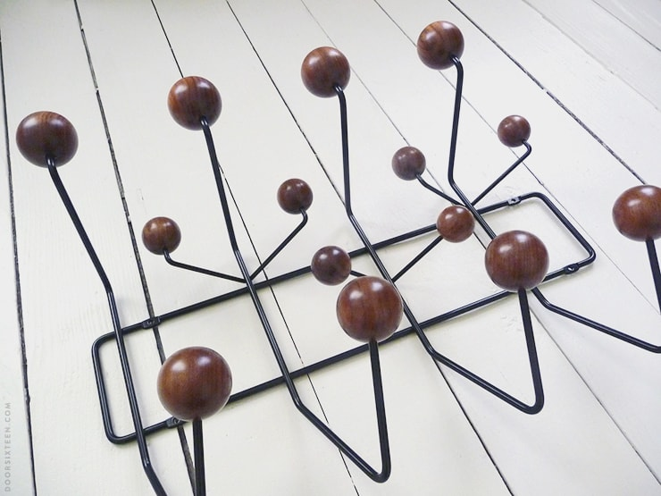 Eames Hang-It-All, walnut - doorsixteen.com