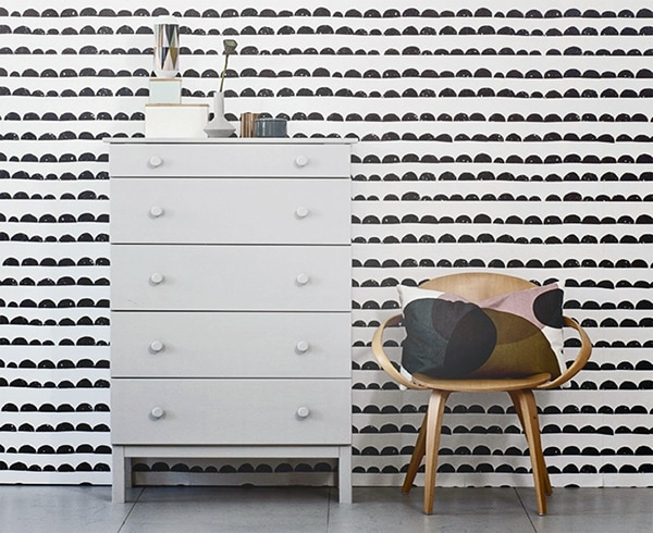 doorsixteen_fermliving_halfmoonwallpaper