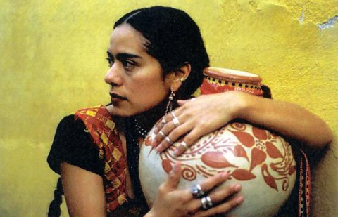 Lila Downs, source: http://cinereverso.org/