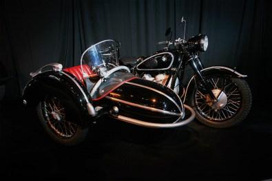 Primer Salón de Automóviles Clásicos y Motocicletas
