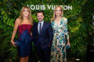 Patricia-y-Rosella-della-Giovampaola-junto-con-Alexandre-Frota-CEO-de-Louis-Vuitton-America-del-Sur