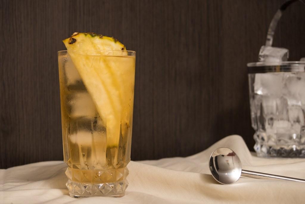 Cócteles macerados, la opción refrescante del verano