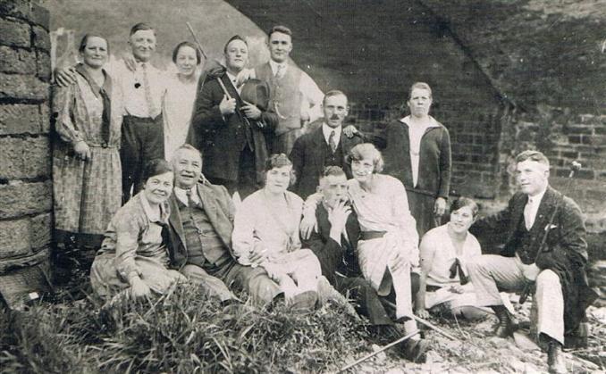 Bürgergesellschaft im Jahr 1928 (Foto von Anni Hinz)