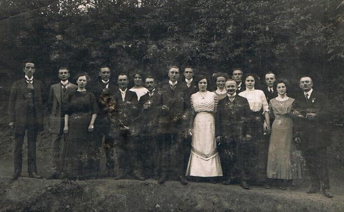 Kirmesgesellschaft 1913 (Foto von Anni Hinz)