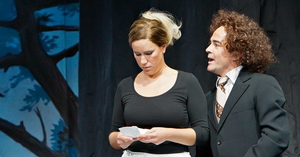 Susanna (Karolina Plicková) und Basilio (Franz Supper) Foto: Christian Schneider