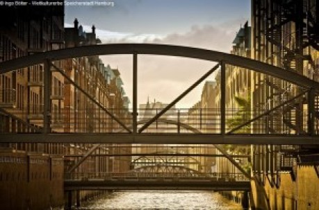 Architektur - Brücke - Brücken - Elbe - Fleete - Fluss - Hamburg - Handel - Kanäle - Maritim - Speicherstadt - UNESCO - Wasser - Weltkulturerbe
