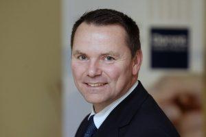 Hoteldirektor Holger Brockel freut sich auf das Dorint Hotel & Sportresort Arnsberg/Sauerland.