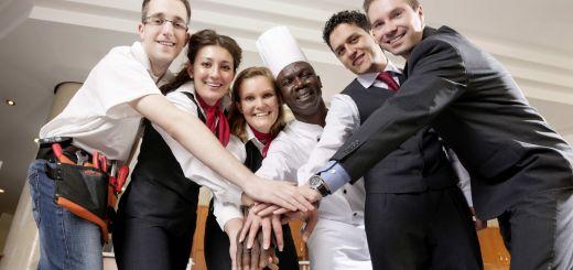 Angehende Azubis können sich auf www.bwp-nrw.de über Berufswahlmöglichkeiten, Ausbildungen oder Studiengänge informieren. Die Dorint Hotels & Resorts haben den Relaunch der Website unterstützt.