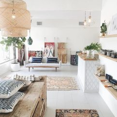 Modern Living Room With Persian Rug White Leather Chairs For 5 Reasons Why Antique Oriental Rugs Will Be On Top In 2018