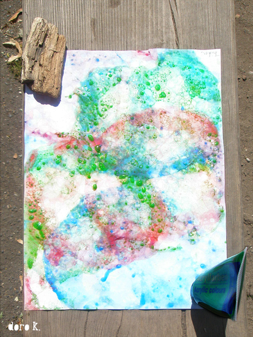 Kid's art: bubble art / Kunst mit Kindern: Seifenblasen