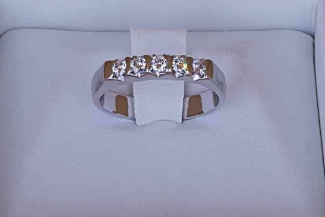 rivenditore all'ingrosso 43b50 6166a €400,00 – Anello a riviera con diamanti in oro bianco 18k ...
