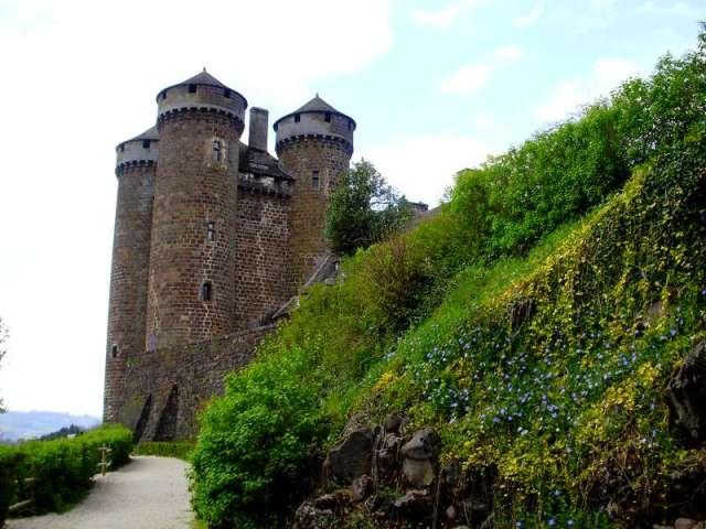 tournemire-beaux-villages-auvergne-kasteel