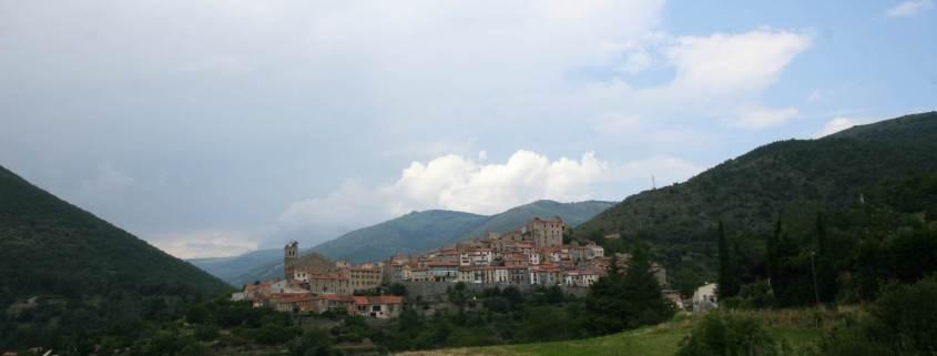 Het dorp Mosset in het Franse deel van Catalonië