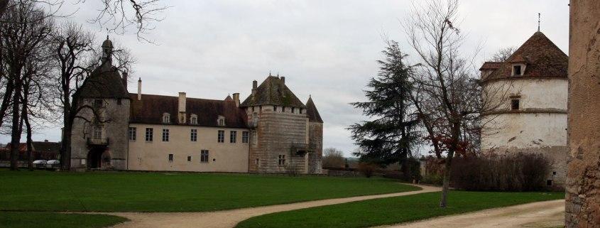 Het kasteel Epoisses in Bourgondië, Frankrijk