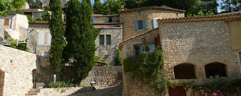 La-Roque-sur-Cèze-Ardeche-Frankrijk-dorp-By-Vi.Cult-CC-BY-SA-3.0-via-Wikimedia-Commons