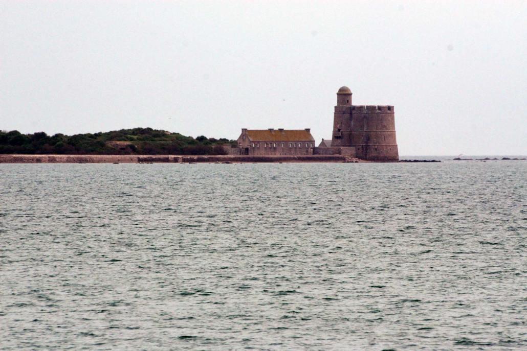 Het eiland Tatihou in de baai van Saint Vaast