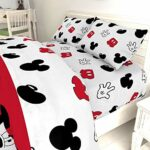 Jay Franco Disney/Pixar Incredibles Super Family 5 Piece Full Bed Set – Includes Reversible Comforter & Sheet Set – Super Soft Fade Resistant Polyester – (Official Disney/Pixar Product)