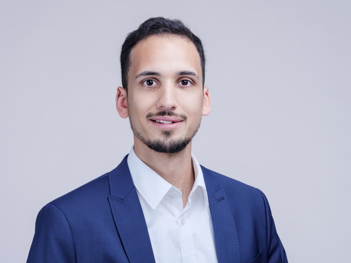 Dr. Marco Neserajah_Karriere