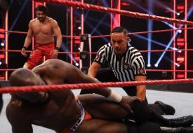 WWE Raw sigue desplomándose en rating