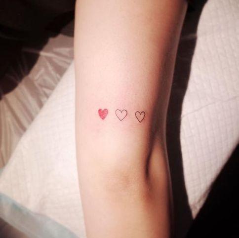 Instagram: @wittybutton_tattoo